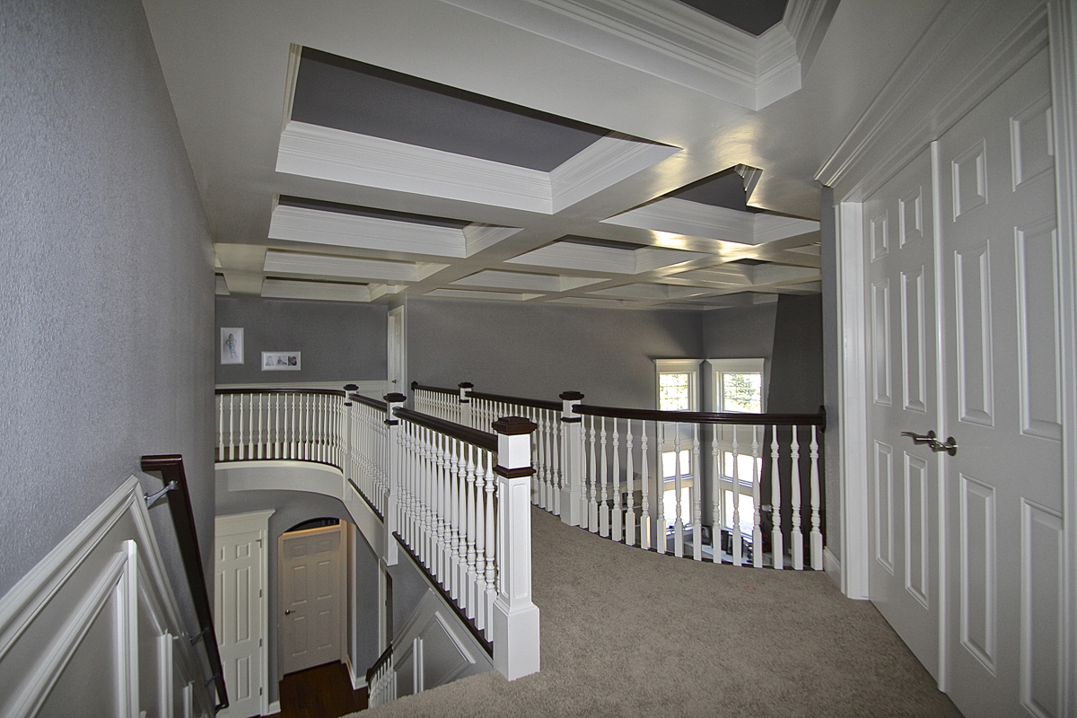 Interior photo gallery page 3 jane kerwin homes ltd for Catwalk flooring